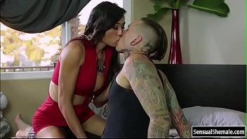Порнозвезда tia cyrus на секса ролики блог